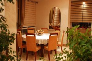 Apartments and Rooms Villa Gaga 2, Bed & Breakfasts  Budva - big - 86