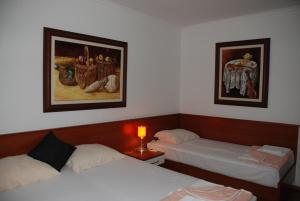 Apartments and Rooms Villa Gaga 2, Bed & Breakfasts  Budva - big - 14