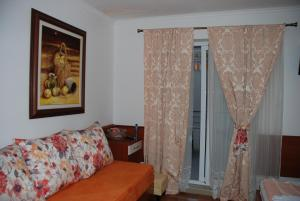 Apartments and Rooms Villa Gaga 2, Bed & Breakfasts  Budva - big - 16