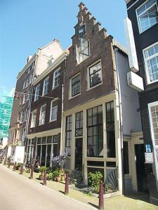 Authentic Jordaan Apartment