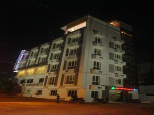 Photo of Hotel Hill Top International
