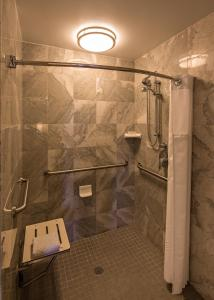 Standard King Room with Roll In Shower - Disability Access