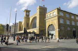2 bedroom flat in front of King's Cross Station