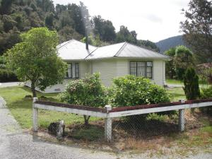 Photo of Franz Josef Holiday House