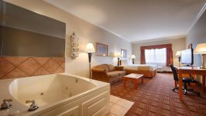 King Room with Spa Bath - Non Smoking