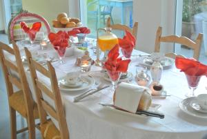 B&B Azee, Bed and Breakfasts  Ostende - big - 30