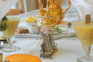 B&B Azee, Bed and Breakfasts  Ostende - big - 29