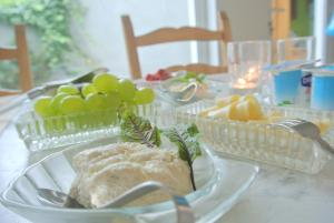 B&B Azee, Bed and Breakfasts  Ostende - big - 24