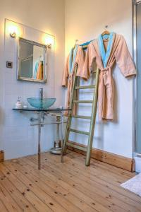 B&B Azee, Bed and Breakfasts  Ostende - big - 54