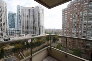 Two-Bedroom Apartment - 310 Burnhamthorpe Road West