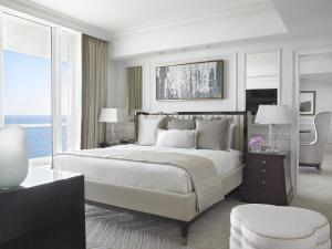 Deluxe Two-Bedroom King Suite - Oceanfront