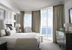 One-Bedroom King Suite - Oceanfront