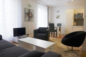 Apartment Poncelet