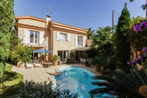 Photo of Squarebreak   House On The Cap D'antibes