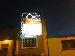 Photo of Oasisa Blanco Hotel