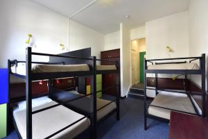 Bed in 6-Bed Female Dormitory Room with ensuite Bathroom