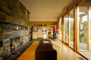 Peppers Cradle Mountain Lodge - 6 of 19