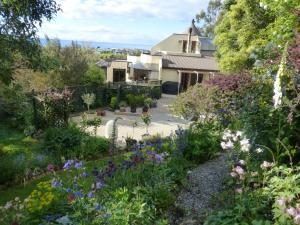 Photo of Oamaru House Bed & Breakfast