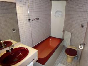 Twin Room with Bath or Shower