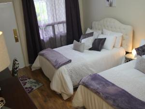 Niagara Grand View Double Room with 2 Double Beds Garden View