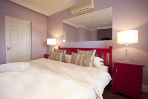 Double Room No.4