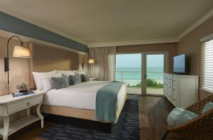 One-Bedroom Suite - Gulf Front