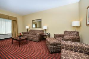 Executive King Room with Sofa Bed