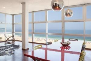 WhereInRio W95 - 3 Bedroom Apartment in Copacabana
