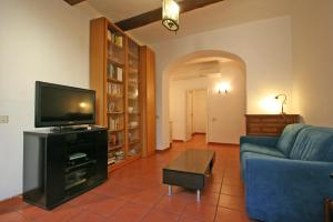 Travel & Stay Vacche Alberto Parione Apartments