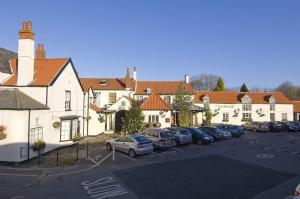 Premier Inn Bristol - Alveston in Alveston, Gloucestershire, England