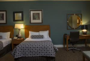 Guest Room with King or Queen Bed