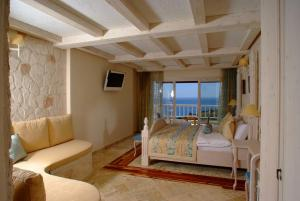 Likya Residence Hotel & Spa - Adults Only, Szállodák  Kalkan - big - 5