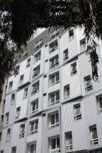 Carlton Residence hotel, 