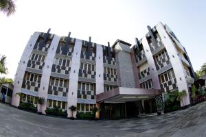 Photo of Business Alliance Hotel