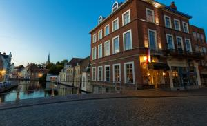Photo of Canalview Hotel Ter Reien