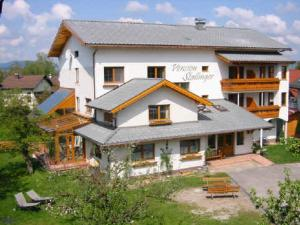 Hotel-Pension Stallinger