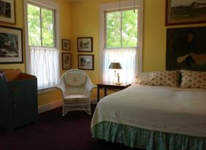 King Room with Golf Course View - Room 1