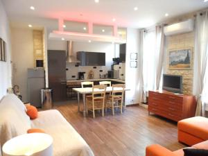 Photo of Home Rental Appartement Moderne Centre