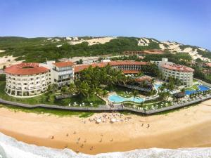Photo of Hotel Parque Da Costeira