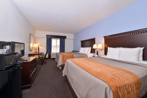 Queen Room with 2 Queen Beds - Disability Access/Non-Smoking