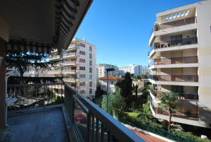 Photo of L'escurial Two Bedrooms Apartment