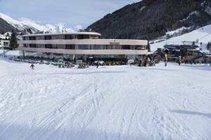 Photo of Hotel Arlmont
