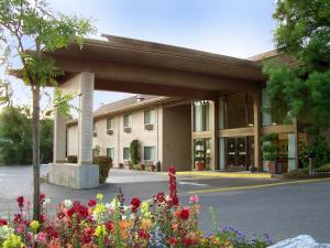 Photo of Best Western Plus Sonora Oaks Hotel And Conference Center