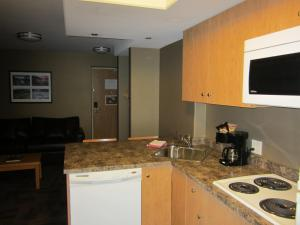 Executive King Room - with Kitchenette - Non-Smoking
