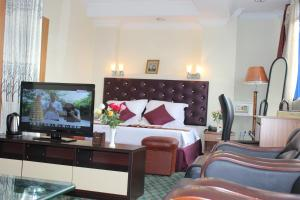 Photo of Yangon Good Time Hotel