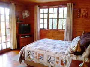 Twin or Double Room with Shared Kitchenette