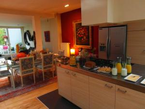 Garden in the city, Apartmány  Gent - big - 39