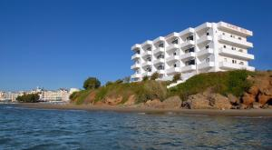Photo of Klinakis Beach Hotel