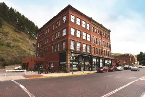 Photo of Deadwood Dick's Hotel