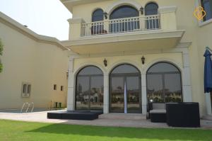Lodging Keys Please Holiday Homes- Private Beach Villa B Frond, Dubai